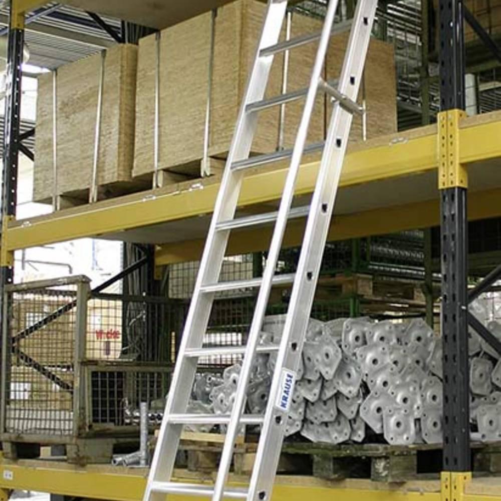Einhängbare Stufenleiter mit Handlauf