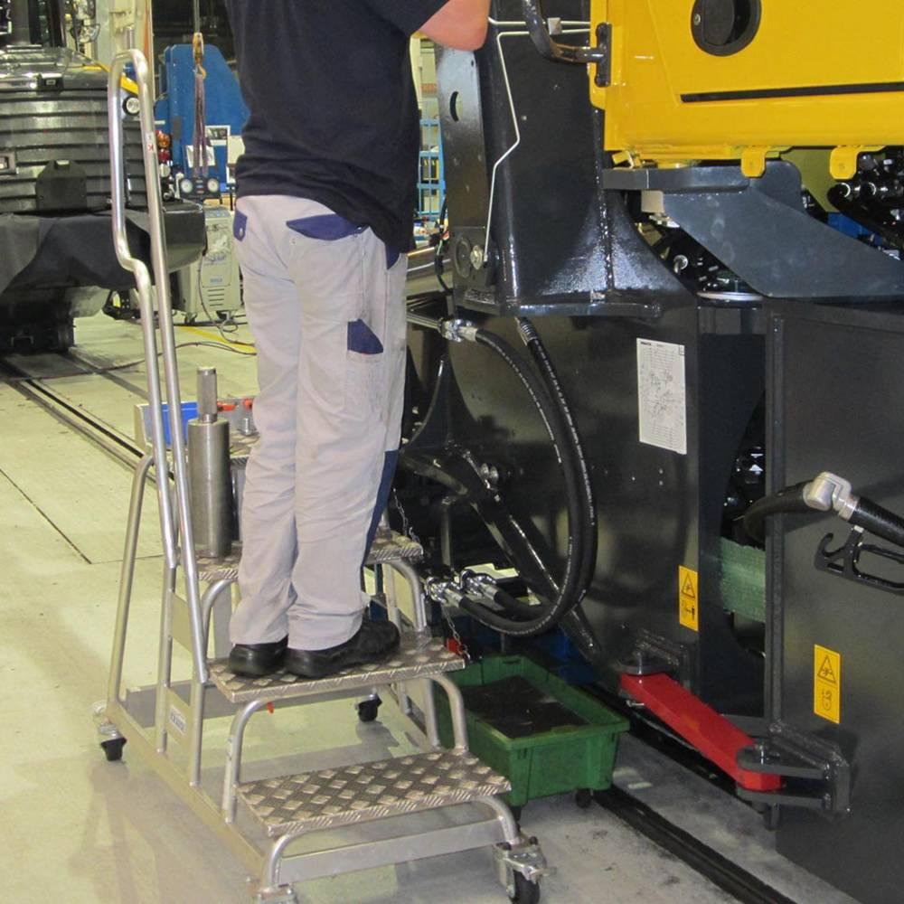 Krause - Sondertritt in der Fließfertigung - Sonderlösungen aus Aluminium