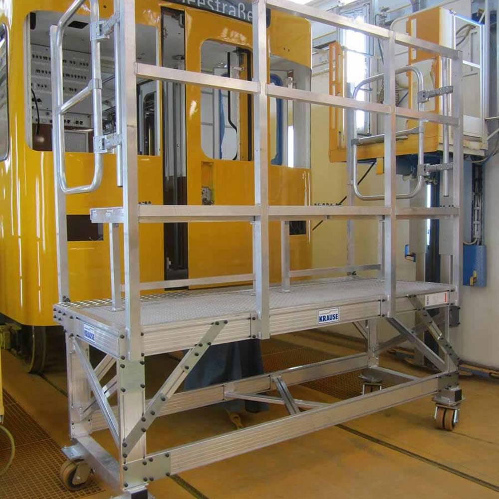 Fahrbare Arbeitsbühne zur Wartung von U-Bahn-Zügen