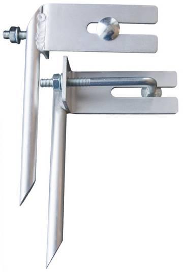 Gemäß den Unfallverhütungsvorschriften der Berufsgenossenschaft müssen auf gewachsenem Boden Leiternspitzen verwendet werden.